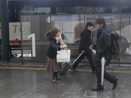 17.12.14全国一斉なんでも労働相談周知のための朝街宣02.JPG